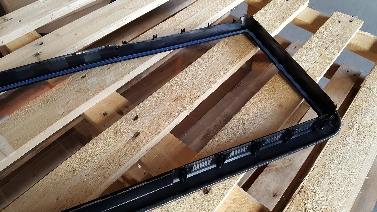 hublot noir pour porte industrielle 660 x 340 mm p 38 52 mm. Black Bedroom Furniture Sets. Home Design Ideas